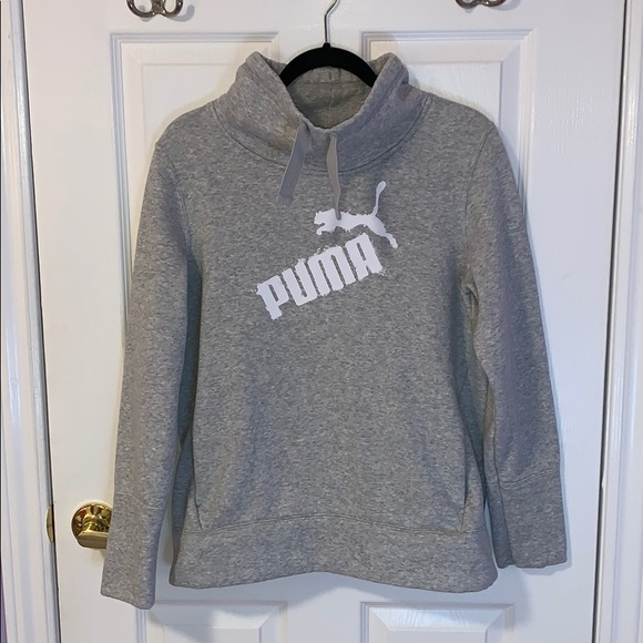 Puma Tops - [Puma] Hoodie L